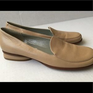 Flats Loafers Italian leather shoes cream color
